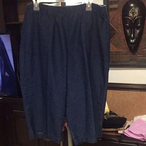 White Stag size XXL (20) Jeans Capris